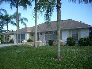 789 SE Arton Ln, Port Saint Lucie, FL