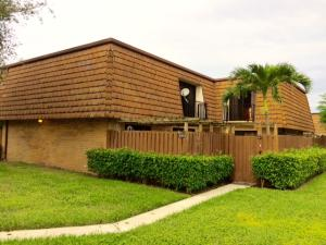 2313 23rd Ln, Lake Worth, FL