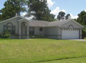 1026 SW Benchor Ave, Port Saint Lucie, FL