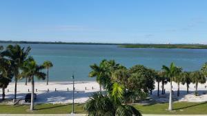 36 Harbour Isle Dr #APT ph06, Fort Pierce FL 34949