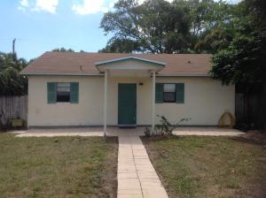 5080 Woodland Dr, Delray Beach, FL