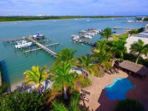 1240 Seaway Dr #APT 102, Fort Pierce FL 34949