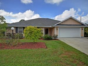 545 SW Fox Run, Vero Beach FL 32962