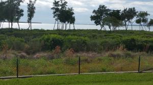 23 Harbour Isle Dr #APT 105, Fort Pierce FL 34949