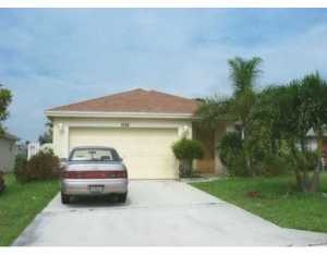 1036 Park Hill Dr, West Palm Beach, FL