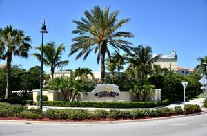 29 Harbour Isle Dr #APT 101, Fort Pierce FL 34949
