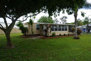 3030 SE Holly St, Stuart, FL