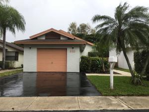 553 Lakeside Cir, Pompano Beach FL 33060