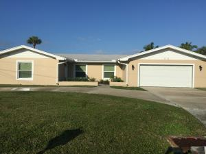 1713 Bayshore Dr, Fort Pierce FL 34949