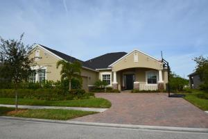 7295 E Village Sq, Vero Beach FL 32966