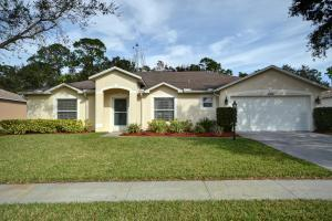 5056 5th Mnr, Vero Beach FL 32968