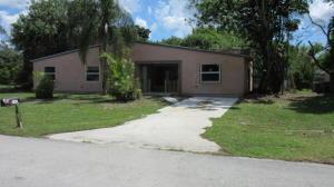 1711 SE Fallon Dr, Port Saint Lucie FL 34983
