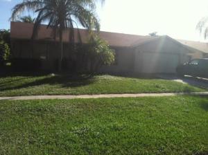 7052 Glenwood Dr, Boynton Beach FL 33436