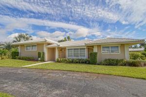 204 Gleneagles Dr, Lake Worth FL 33462