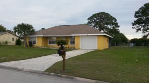 288 SW Bridgeport Dr, Port Saint Lucie FL 34953