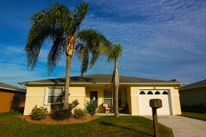 6678 Campanilla, Fort Pierce FL 34951