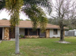 606 Dark Hammock Rd, Fort Pierce FL 34947