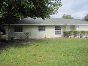 1124 Club Dr, Fort Pierce FL 34950