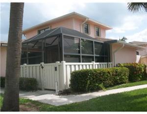 1772 Gulfstream Ave #APT e4, Fort Pierce FL 34949