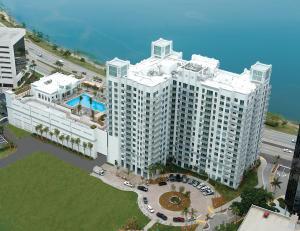 300 S Australian Ave #APT 620, West Palm Beach FL 33401