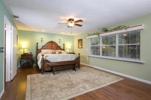 9720 SE Gomez Ave, Hobe Sound FL 33455