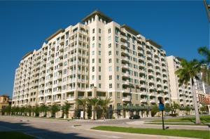 480 Hibiscus St #APT 433, West Palm Beach FL 33401