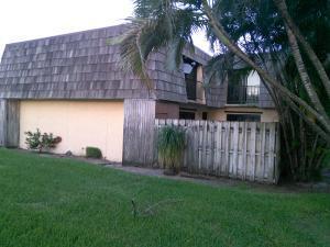 2322 Waterside Dr, Lake Worth FL 33461