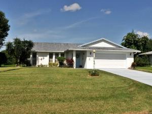 1829 SW Castinet Ln, Port Saint Lucie FL 34953