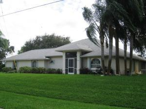 392 SW Carter Ave, Port Saint Lucie FL 34983
