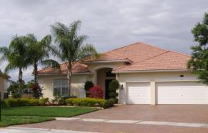 2932 SW Newberry Ct, Palm City, FL