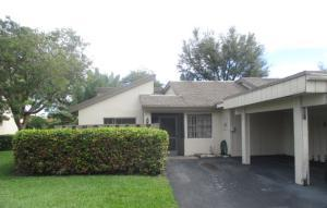 464 Deer Creek Wildwood Ln, Deerfield Beach FL 33442