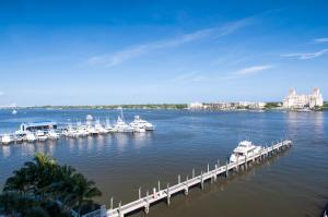 622 N Flagler Dr #APT 504, West Palm Beach FL 33401