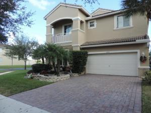 6712 Lurais Dr, Lake Worth FL 33463