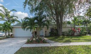 705 Warren Dr, Jupiter FL 33458