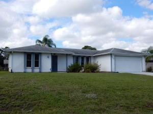 2520 SE Price Ct, Port Saint Lucie FL 34984