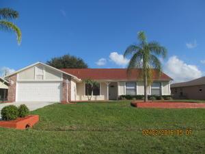 2765 SE Eagle Dr, Port Saint Lucie FL 34984