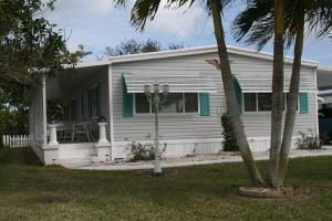 7877 SE Swan Ave, Hobe Sound FL 33455