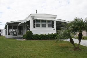 8316 SE Wren Ave, Hobe Sound FL 33455