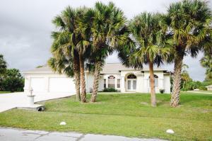 2001 SW Leafy Rd, Port Saint Lucie, FL