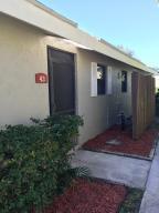 43 Meadows Dr, Boynton Beach FL 33436