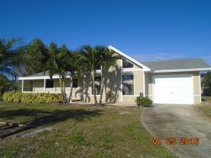 401 SE Inwood Ave, Port Saint Lucie FL 34984