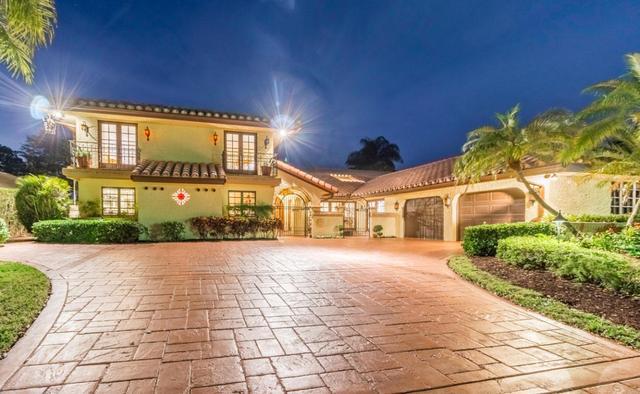 22 Marlwood Ln, Palm Beach Gardens, FL 33418