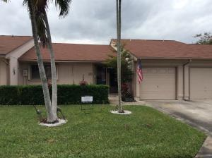 39 Winchmore Ln, Boynton Beach FL 33426