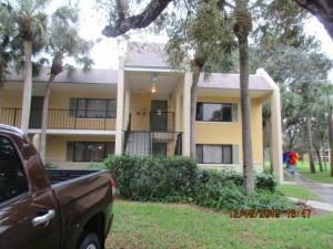 320 Meadows Cir, Boynton Beach FL 33436