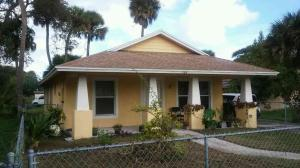 904 Avenue C, Fort Pierce FL 34950