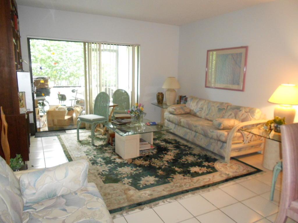 5150 E Club Circle #104, Boca Raton, FL 33487
