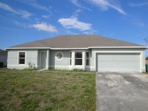 573 SW Whitmore Dr, Port Saint Lucie, FL