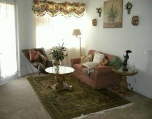 3072 Laurel Ridge Circle, West Palm Beach, FL 33401