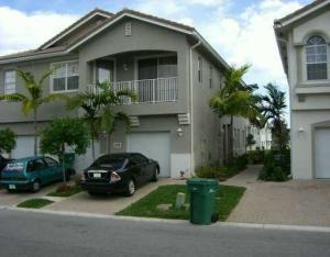 3072 Laurel Ridge Cir, West Palm Beach, FL 33401