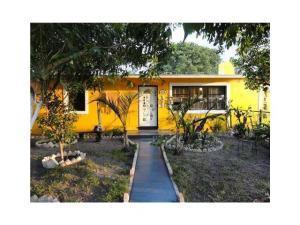 420 Pine Rd, West Palm Beach, FL 33409
